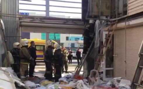 В Караганде произошло горение одного из контейнеров рынка
