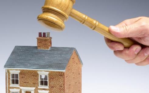 Суд отказал акимату Караганды в иске о выселении сироты