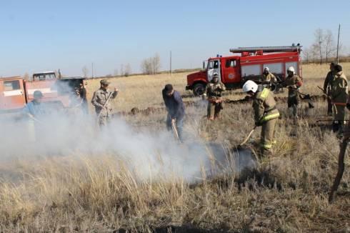 За прошедшие три дня в Карагандинской области произошло 8 случаев загорания сухой травы