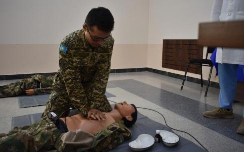 Казахстанские военные врачи показали навыки экстренной реанимации на соревнованиях в Узбекистане