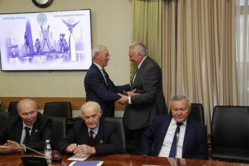 Олег Сосковец встретился в Караганде с коллегами и соратниками