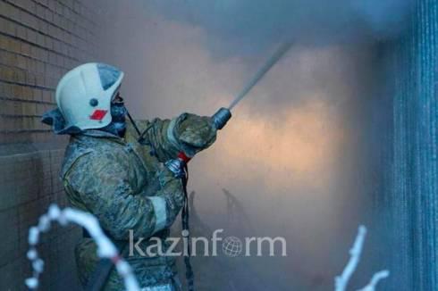 Тело мужчины обнаружили в горящем коллекторе в Балхаше