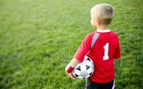 В тридцати школах Карагандинской области проводят «Урок футбола»