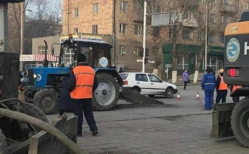 Карагандинцы жалуются на дорожные работы по улице Гоголя