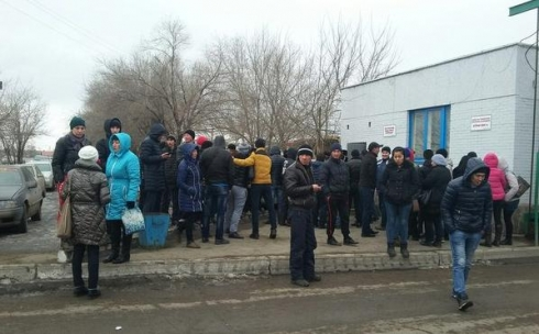 В Караганде водители автобусов устроили забастовку