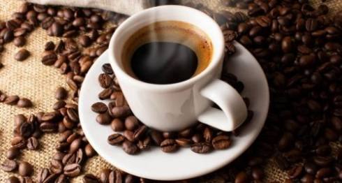 Бодрое утро: как выбрать хороший кофе для утренних подъемов?