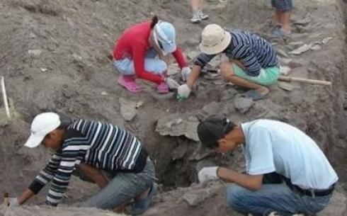 В Карагандинской области нашли захоронения древних людей