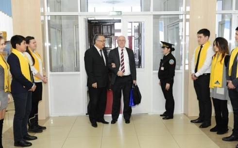 Сегодня КарГТУ посетил Временный поверенный в делах США в Казахстане