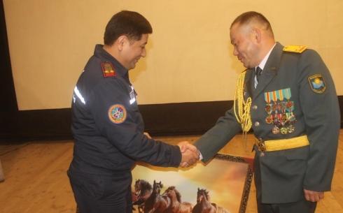 В Караганде военнослужащих поздравили с 27-ой годовщиной образования Национальной гвардии