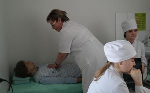 В Караганде можно обучиться правильному уходу за тяжелобольными людьми