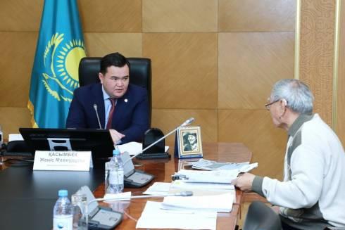 С какими вопросами чаще всего приходят в акимат Карагандинской области