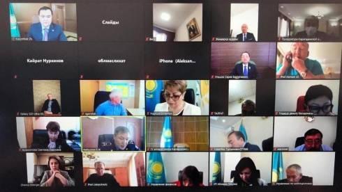 Женис Касымбек отчитался перед депутатами Карагандинского областного маслихата
