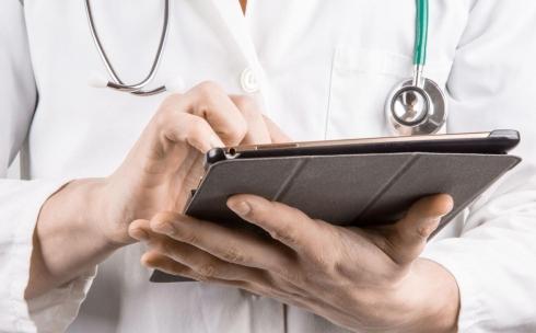 Мобильная бригада, скорая, телеконсультация – что делать, когда в поликлинику не попасть