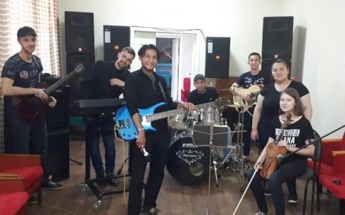 В карагандинский музыкальный проект «SNMPLE»  продолжается набор музыкантов
