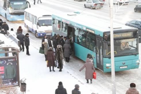 В Караганде должны увеличить количество автобусов в час пик - Юрий Залыгин