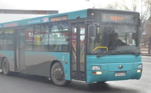 Поднять тариф на проезд требует один из главных перевозчиков в Караганде