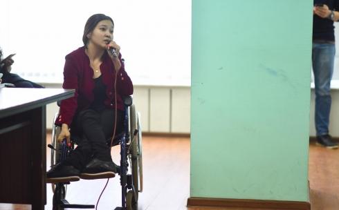В Караганде инвалиды считают издевательством слишком крутые пандусы