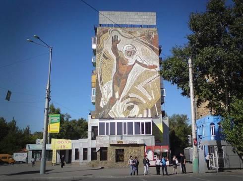 Караганда – музей под открытым небом. Американский  исследователь изучает архитектурное наследие Казахстана
