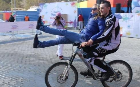 Велосипедистов в РК будут штрафовать за перевозку пассажиров