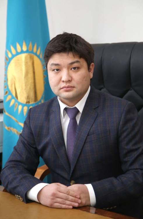 В Караганде представили нового акима района имени Казыбек би