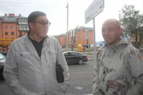 В Караганде депутаты городского маслихата проверили состояние ремонтируемых дорог