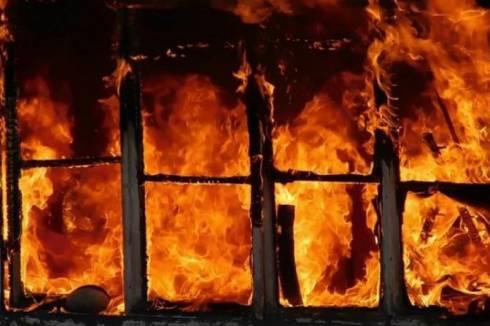 Десять дачных участков сгорело в Караганде