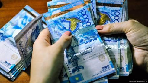 В Казахстане будут осуществлять два вида соцвыплат на период ЧП