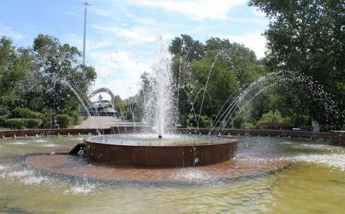 В Караганде портят новые фонтаны