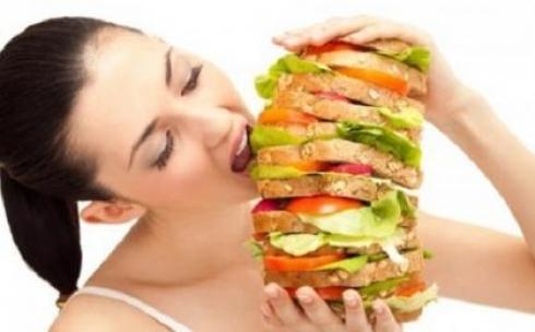 Казахстанцам грозит ожирение из-за переедания и пассивного образа жизни