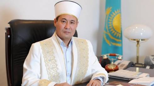 Верховный муфтий Казахстана поздравил православных верующих с Рождеством