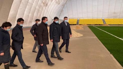 Женис Касымбек проинспектировал ход строительных работ на спортобъектах Сатпаева
