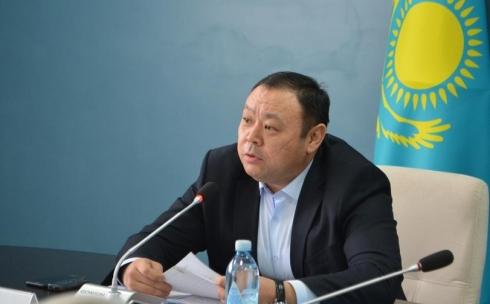 Абзал Нукенов будет регулярно проводить встречи с многодетными матерями
