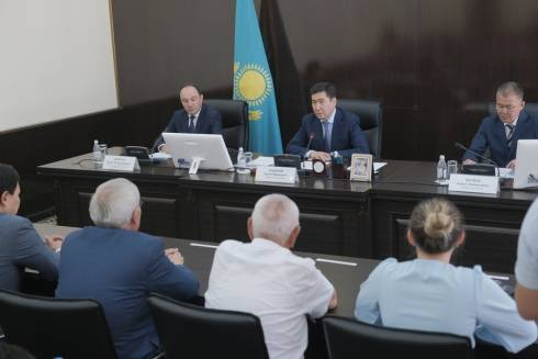 Ерлан Кошанов поручил перейти на подземные источники водоснабжения в Жезказгане