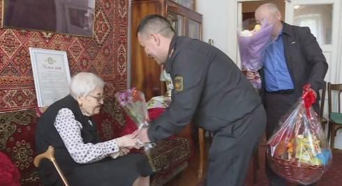 Пехотинец в строю: ветеран из Караганды отметила столетний юбилей
