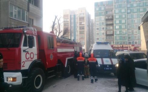 34 человека было эвакуировано в Караганде из-за пожара в девятиэтажном доме