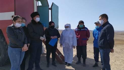 Более трехсот казахстанцев, освобожденных из тюрем во время ЧП, вернулись домой