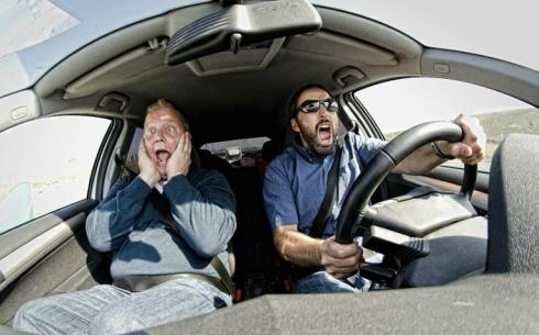 Почему в СпецЦОНе невозможно сдать экзамен по вождению?