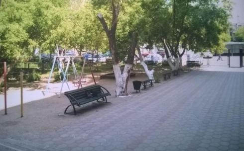 Карагандинцы борются против строительства парковки на месте детской площадки