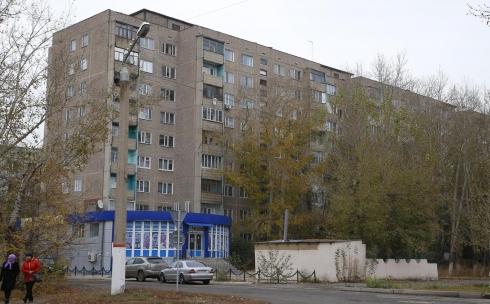 В Караганде проспект Строителей готовят к реконструкции - проводится монтаж ливнёвок