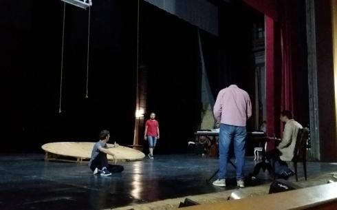 Чужой среди своих: в карагандинском театре Станиславского представят историю Абая
