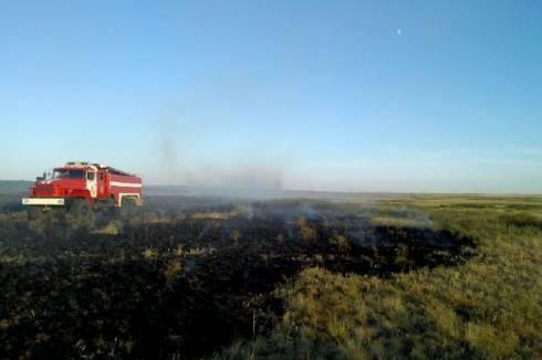 Степные пожары потушили в четырех районах Карагандинской области