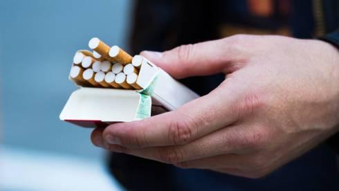 О последствиях COVID-19 для курильщиков, рассказал нарколог