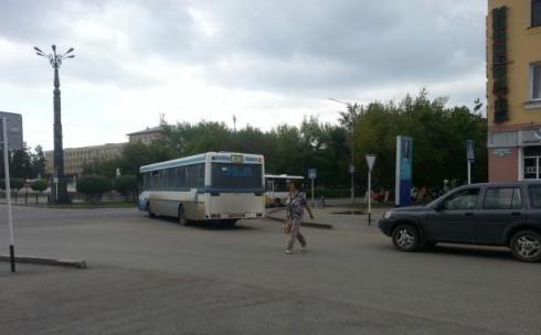 В Караганде, прикрываясь ремонтом дорог, водители автобусов нарушают ПДД
