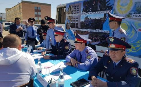 Почти 1000 жителей Карагандинской области обратилась в «Приёмную на дороге» за два дня
