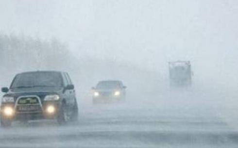 За прошедшую ночь на автодорогах Карагандинской области спасено 20 человек