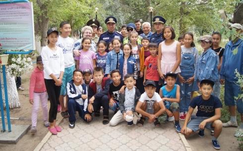 В оздоровительных лагерях Актогайского района детей обучают навыкам пожарной безопасности