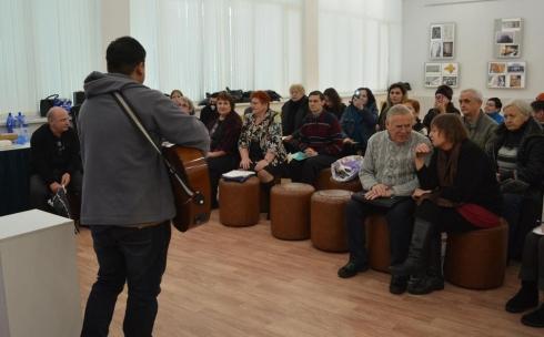 В карагандинском музее ИЗО встретились поэты разных возрастов