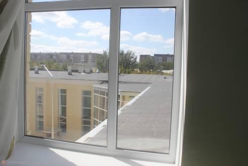 Глухие окна и крошечные унитазы: стройуправление обосновало прием в эксплуатацию школы для незрячих детей в Караганде