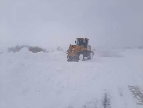 В Октябрьском районе действует служба помощи застрявшим в снегу автомобилистам