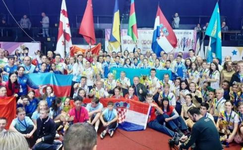 Сборная «Арыстан» КГУ «СОШ №58» победила в номинации «Самая сильная команда» в Международной спортивной игре «Классные игры»
